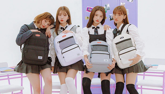 韓国学生女子リュック