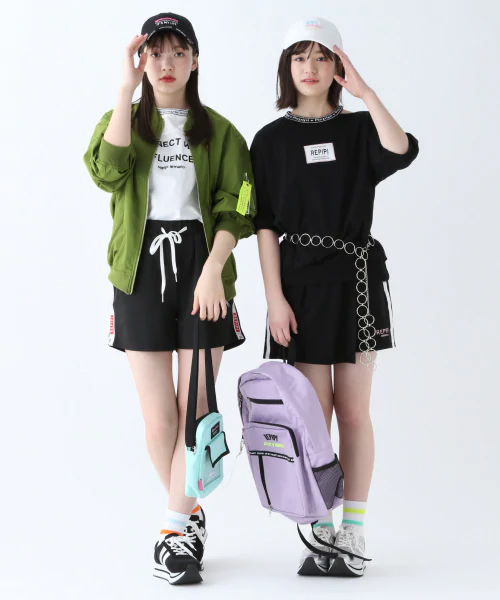 小学生女の子スカート