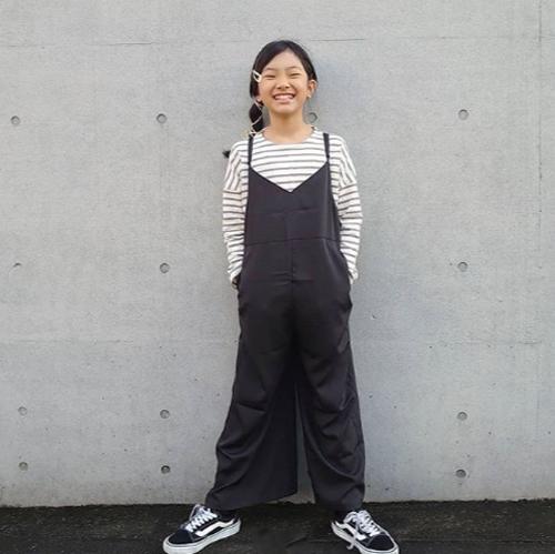小学生女の子通学服