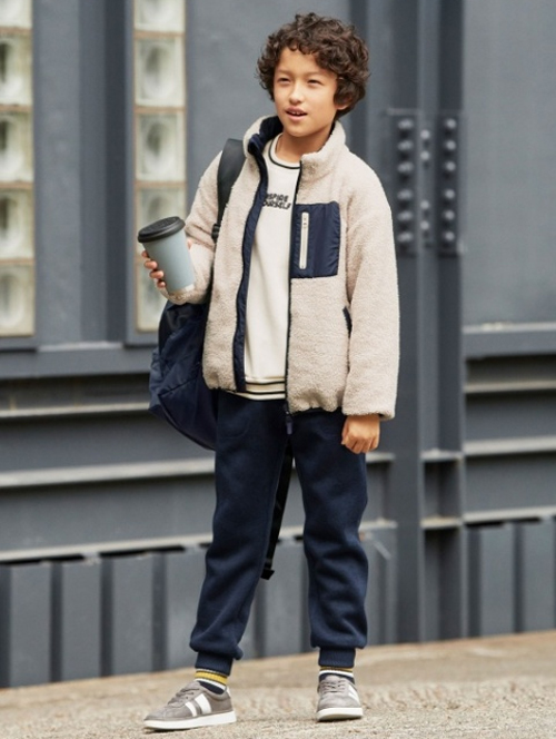 小学生男子修学旅行服装