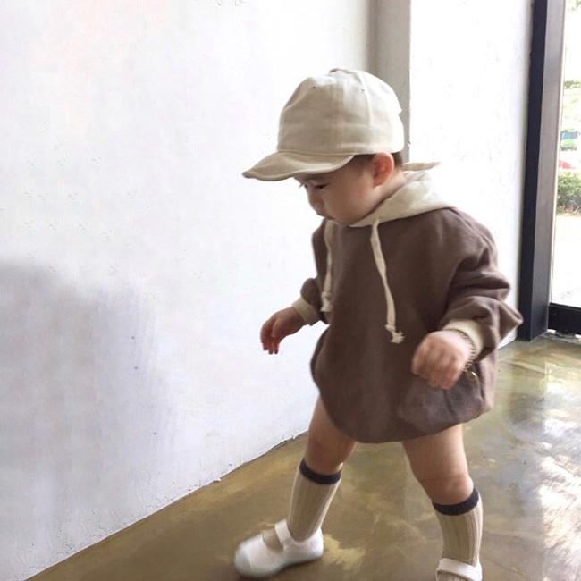 ベビー服男の子用ロンパース